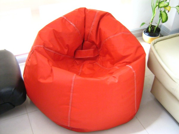 puffy accent bean bag leoque collection one look one