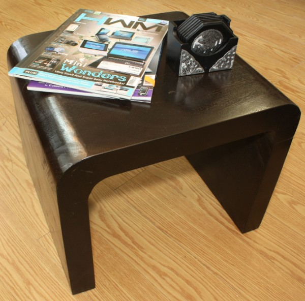 """""""UTURN"""" Side Table : Leoque Collection"""