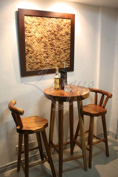 Bar Table Amp Stools Set Leoque Collection One Look One