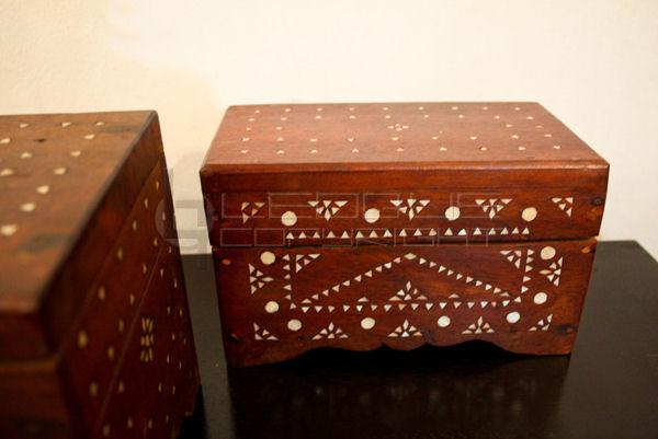 Small Treasure Narra Chest Jewelry Box Leoque