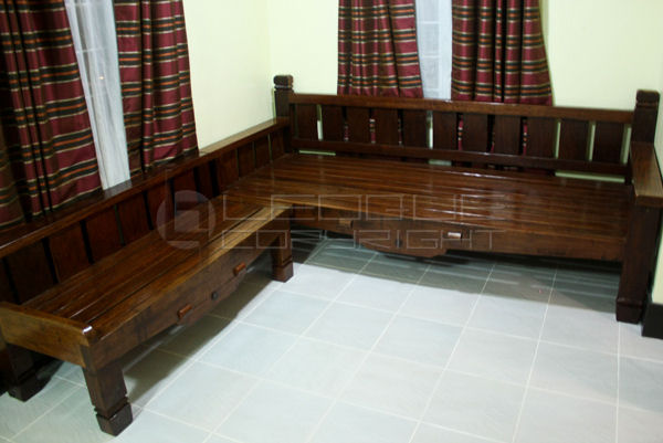 Living Room Weathered Style Daybed Plus Bench L Shaped Leoque