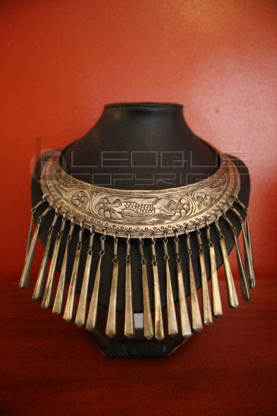 Metal Tribal Necklace Leoque Collection One Look One