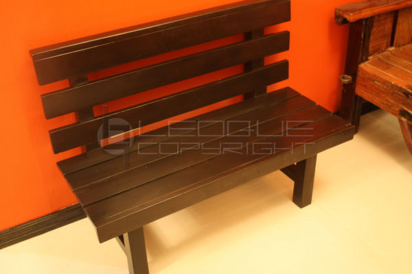 Gump Mini Bench Leoque Collection One Look One