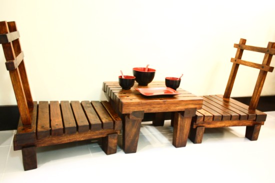 Delightful Japanese Seats And Low Table Set : Leoque Collection U2013 One Look ...