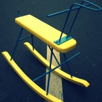 rocking-chair-yellow-blue