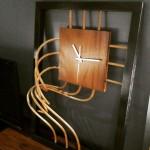 big-chipic-wall-clock